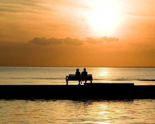 Как правильно вести себя с мужчиной на первом свидании