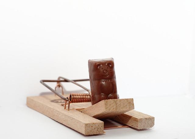 Мышеловка с шоколадной мышкой